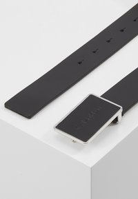 Calvin Klein - Belt - black