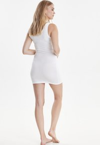 b.young - PAMILA - Jersey dress - optical white - 2