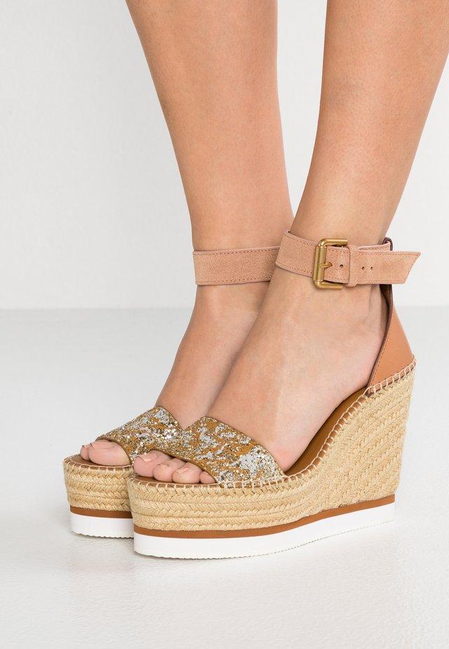 Sandales à talons hauts - gold