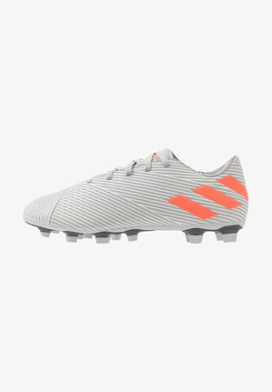 NEMEZIZ 19.4 FXG - Moulded stud football boots - grey two/solar orange/core white