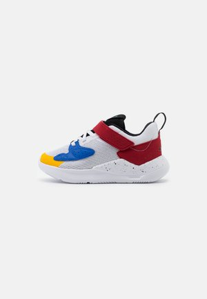 CADENCE - Basketbalové boty - white/game royal/black/gym red