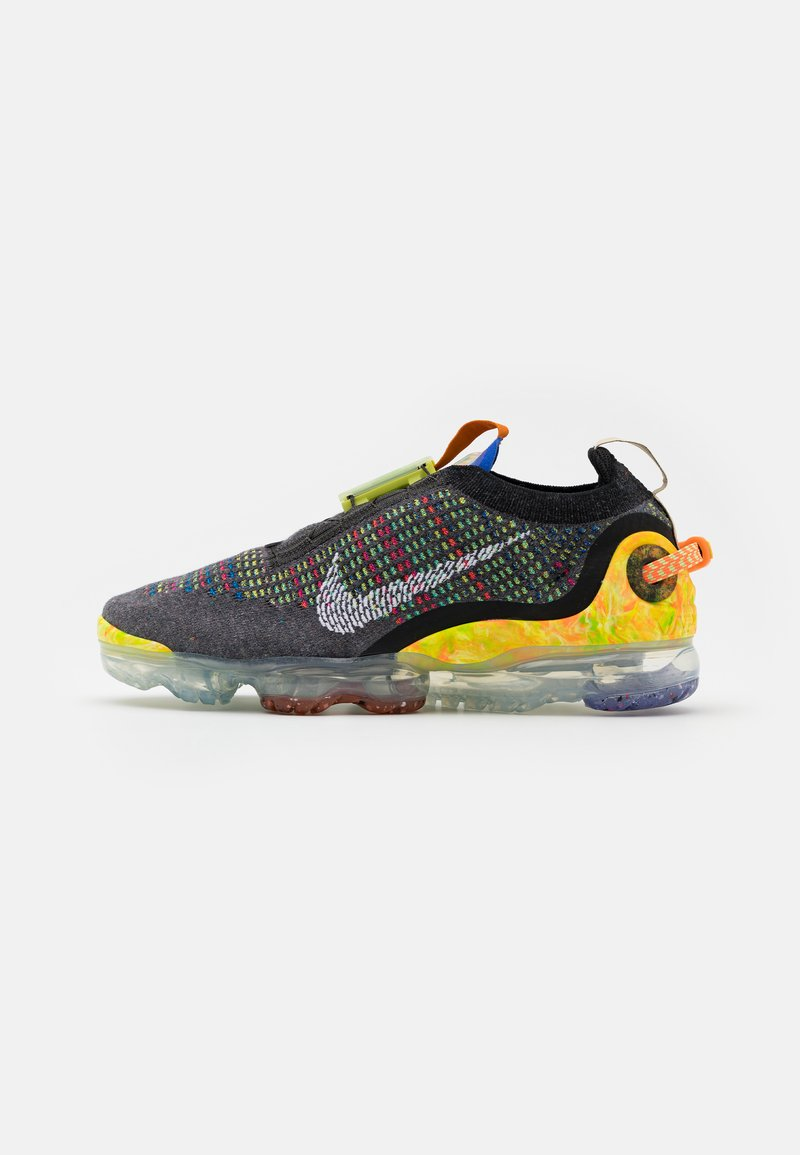 Nike Sportswear - AIR VAPORMAX 2020 FK UNISEX - Trainers - iron grey/white/multicolor