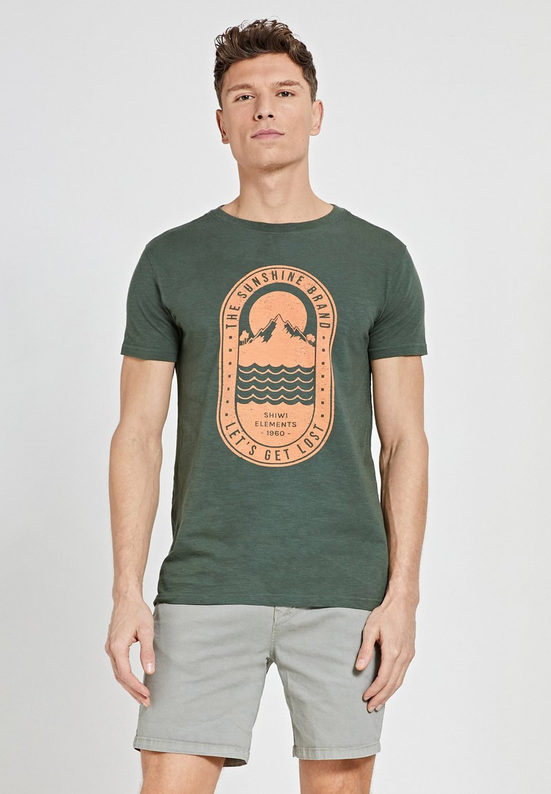 Shiwi - TROPICS PLACED PRINT - Print T-shirt - cilantro