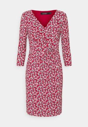 CLEORA DAY DRESS - Jersey dress - red