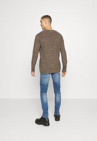 Redefined Rebel - STOCKHOLM DESTROY - Slim fit jeans - nova blue - 2