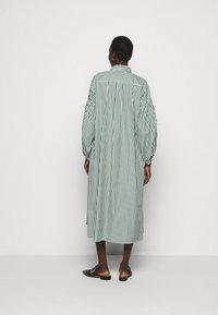 WEEKEND MaxMara - RAGAZZA - Shirt dress - gruen - 2