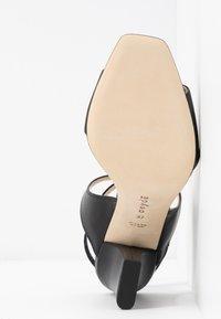 Aeyde - GABRIELLA - Korolliset sandaalit - black - 6
