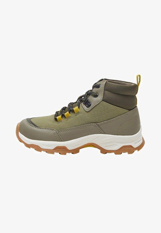 TRAXLER - Sneakers laag - khaki