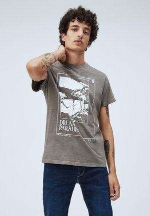 SLATER - T-shirt print - dapple