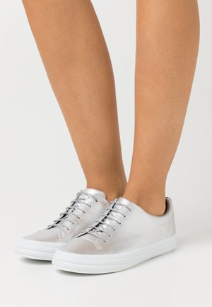HOOPS - Sneakers laag - grey