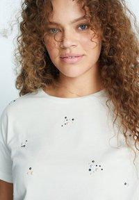 Violeta by Mango - EASYLUX2 - T-shirts print - wit - 3