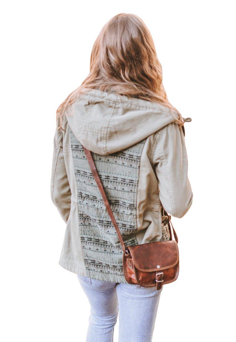 Gusti Leder - Handbag - brown