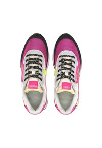Puma - Trainers - glowing pink-puma black - 1