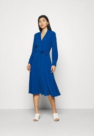 SHIRT DRESS 2-IN-1 - Maxi dress - blue