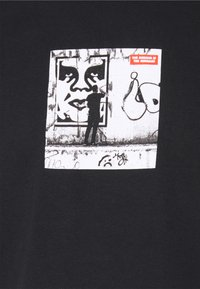 Obey Clothing - THE MEDIUM IS THE MESSAGE - Print T-shirt - black - 2