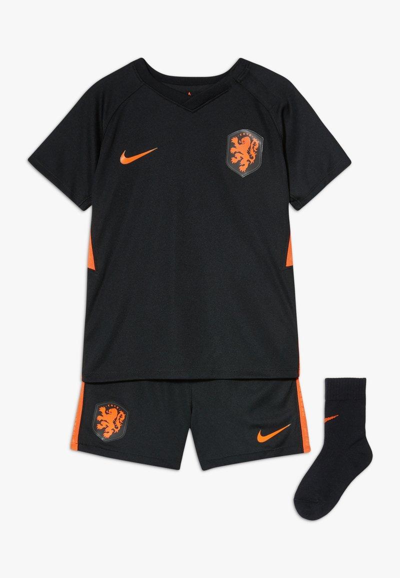 Nike Performance - NIEDERLANDE KNVB I NK BRT KIT AW SET - Sports shorts - black/safety orange