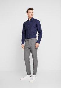 Bruun & Stengade - OWEN - Formal shirt - navy - 1