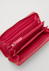 Valentino Bags - DIVINA - Lommebok - fuxia - 2