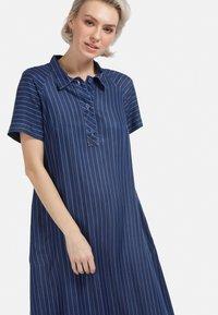 HELMIDGE - MIT POLO-KRAGEN - Denim dress - blau - 3