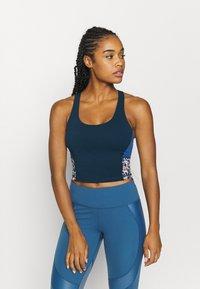 Sweaty Betty - POWER CROPPED WORKOUT - Funkční triko - blue - 0