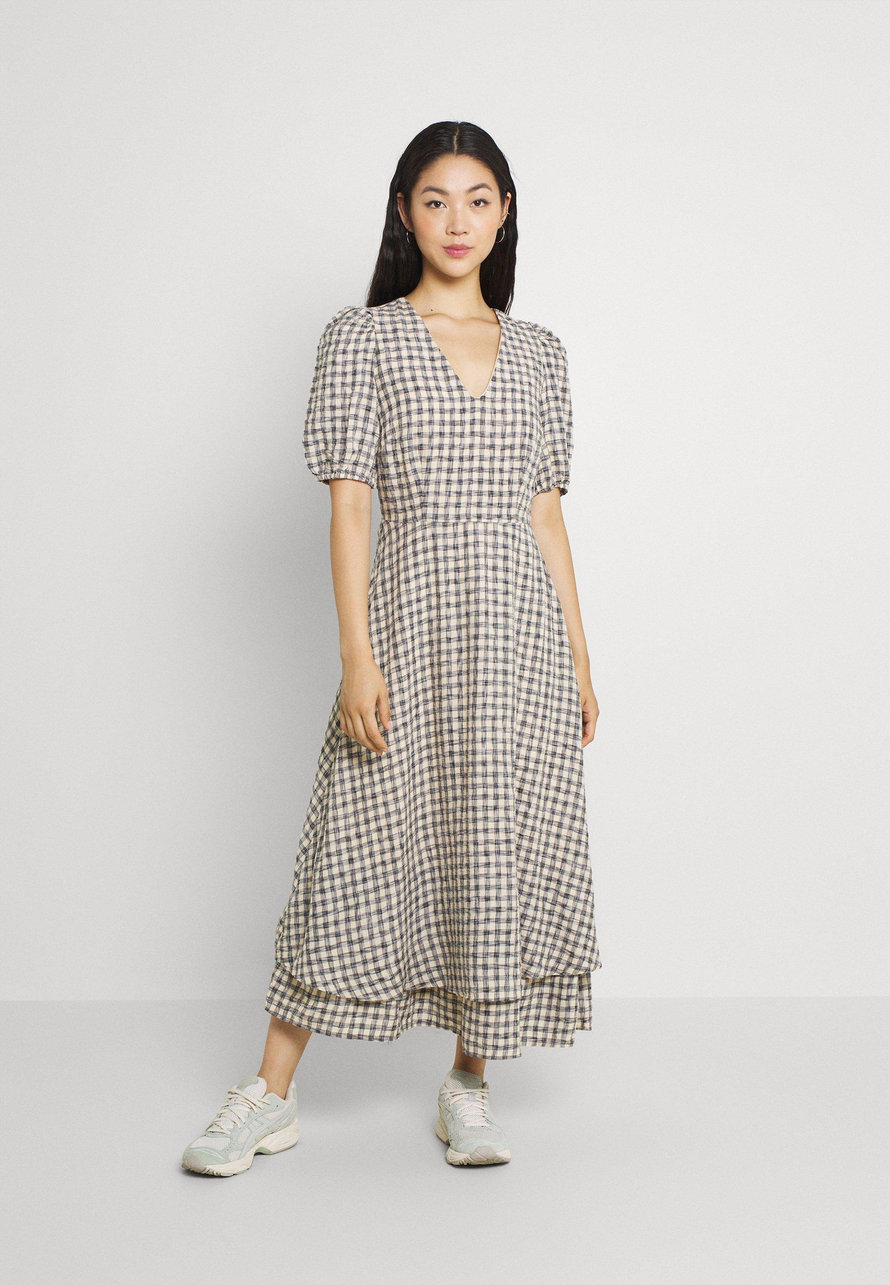 Women YASSTORIA LONG DRESS - Maxi dress - eggnog