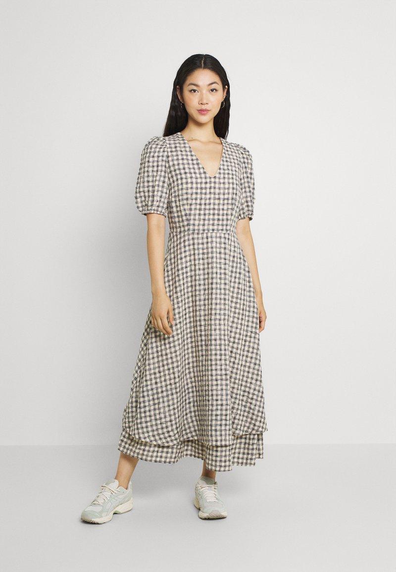 YAS - YASSTORIA LONG DRESS - Maxiklänning - eggnog