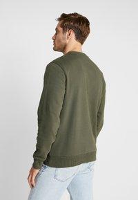 Calvin Klein - LOGO EMBROIDERY - Sweatshirt - green - 2