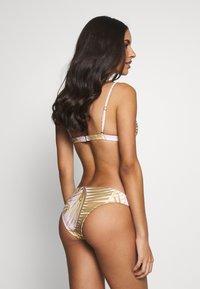 Rip Curl - PARADISE COVE TRI - Bikini top - lilac - 2