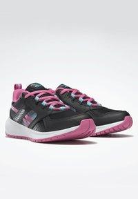 Reebok - SUPREME  - Neutral running shoes - black - 1
