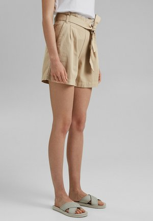 MIT GÜRTEL - Shorts - beige