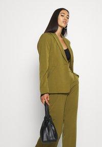ICHI - ALEXA - Blazer - fir green - 3