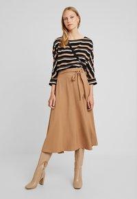 More & More - A-line skirt - caramel - 1