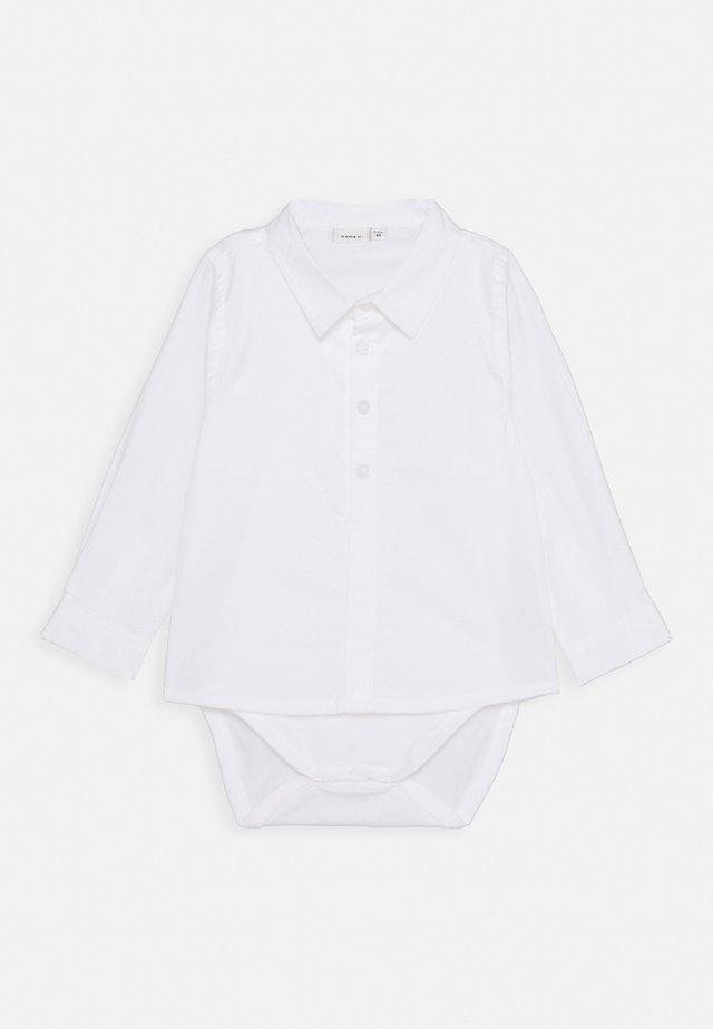 NBMDANDERS BODY BABY 2IN1 - Koszula - bright white