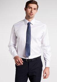Eterna - COMFORT FIT - Formal shirt - white - 0