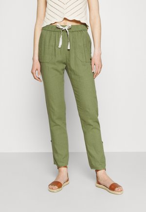 Pantaloni - vineyard green
