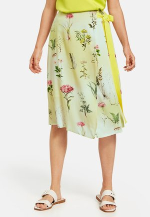MIT FLORALEM MUSTER - A-line skirt - gelb/lila/pink druck
