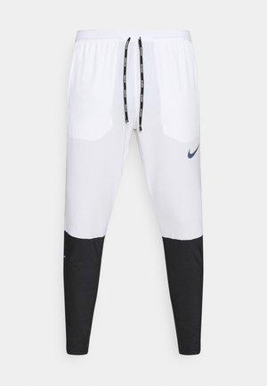 SWIFT PANT - Pantalon de survêtement - white/black