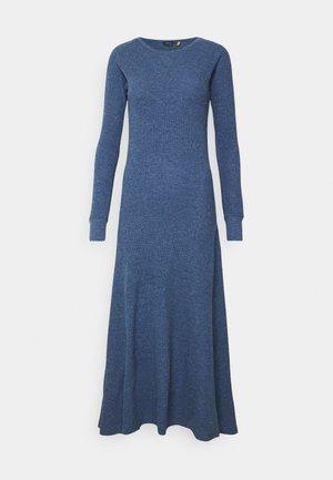 WAFFLE - Vestido de punto - river blue heather
