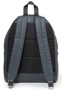 Eastpak - PADDED PAK'R  - Tagesrucksack - steel leather - 2