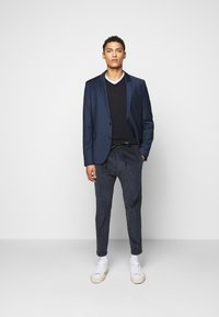 DRYKORN - JEGER - Trousers - blau - 1