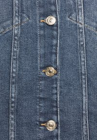 7 for all mankind - MODERN TRUCKER LUXE VINTAGE PACIFIC GROVE - Spijkerjas - mid blue - 6