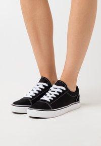 Rubi Shoes by Cotton On - JOEY TOE CAP - Matalavartiset tennarit - black - 0