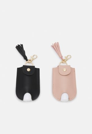 HAND SANITIZER  KEYRING 2 PACK - Avaimenperä - black/pink
