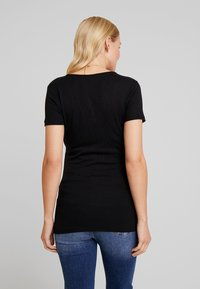 Supermom - TEE CROSSED NURS - Jednoduché triko - black - 2