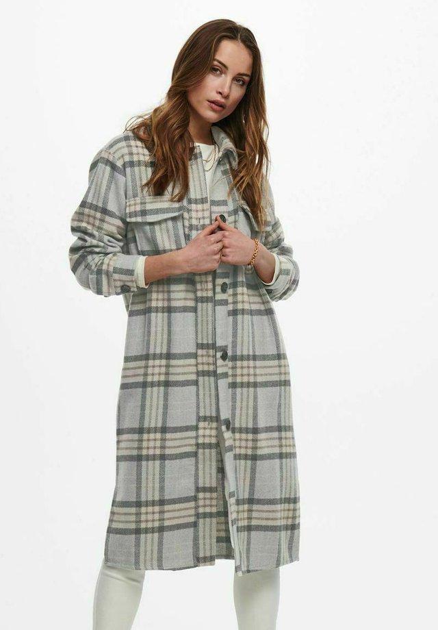 Klasyczny płaszcz - light grey melange