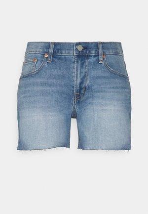 INCH COOPER - Denim shorts - medium indigo