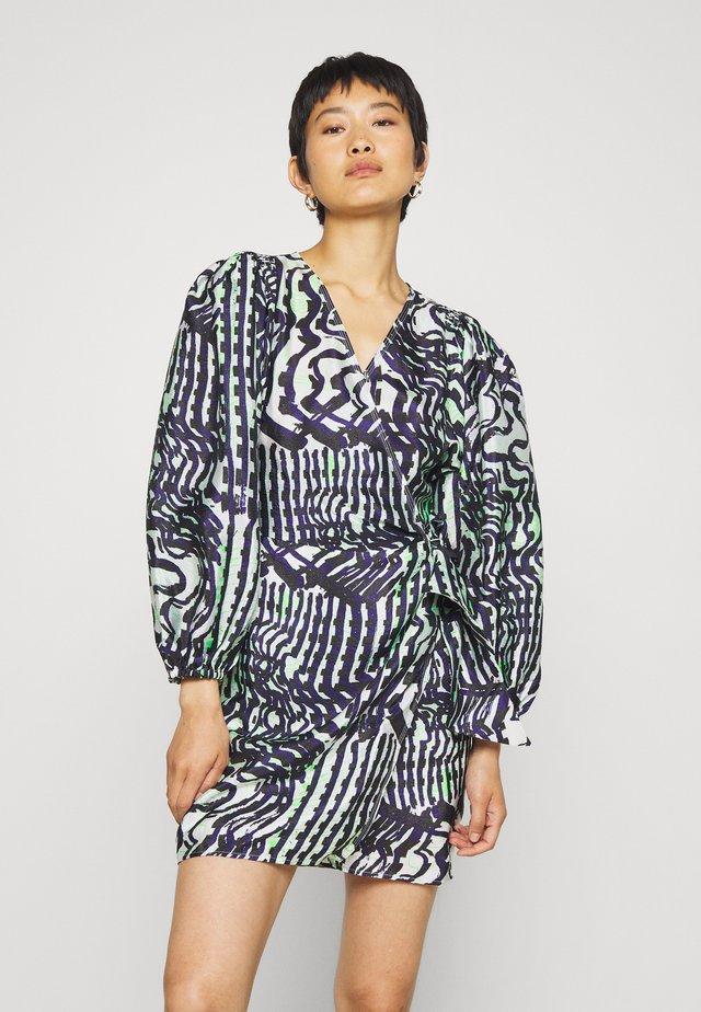 MAGNOLIA SHORT DRESS - Day dress - black/white/green