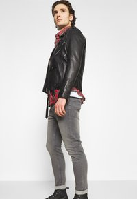Brave Soul - Slim fit jeans - grey - 3