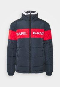 Karl Kani - UNISEX RETRO BLOCK REVERSIBLE PUFFER  - Zimní bunda - navy - 4