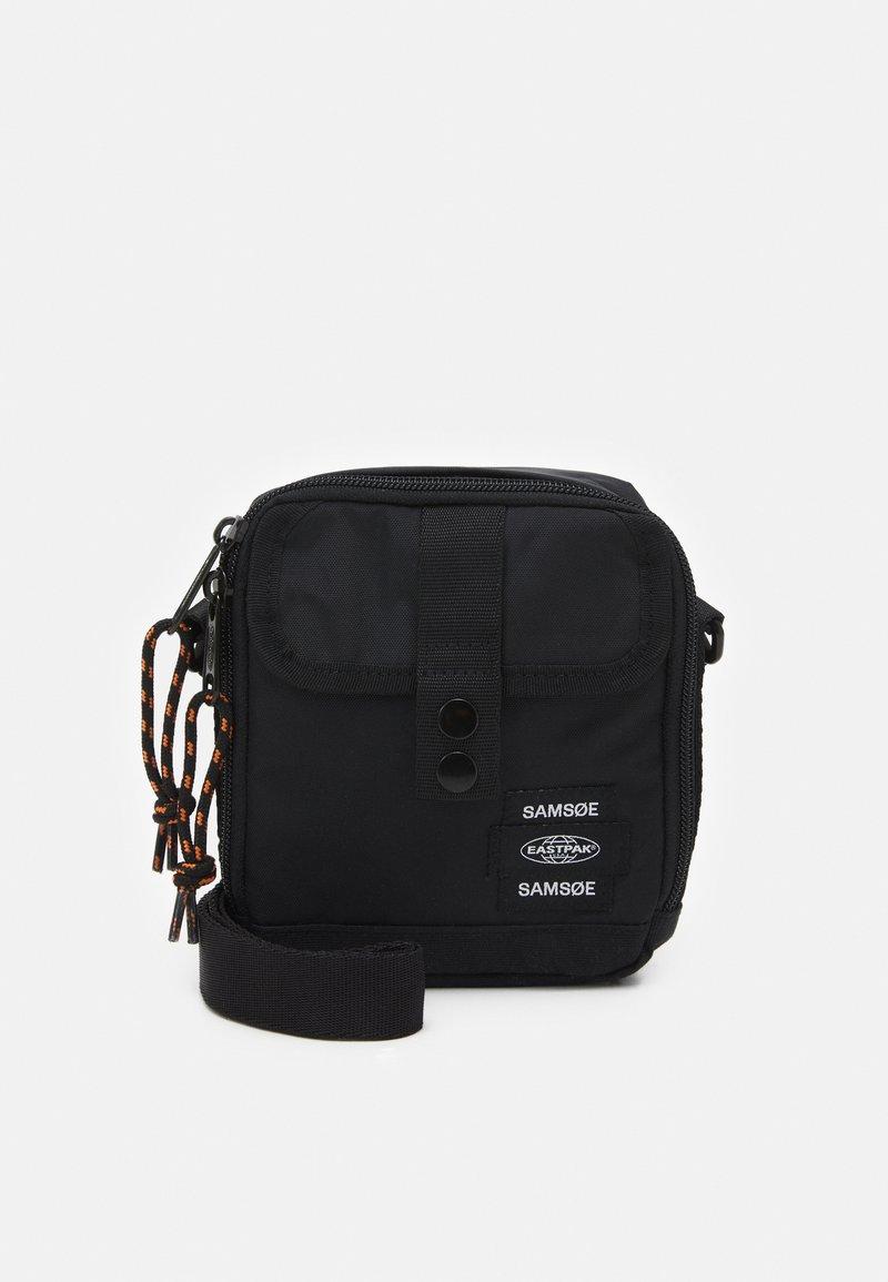 Samsøe Samsøe - CROSSBODY BAG UNISEX - Across body bag - black